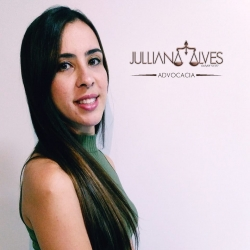 Dra. Julliana Alves